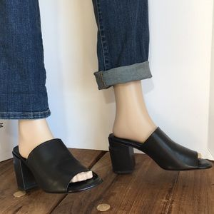 Robert Clergerie Allegria Black Calf Heels
